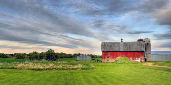 Можно ли строить дом на землях сельхозназначения?