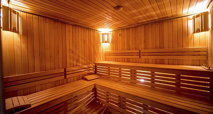Сауна (баня) с бассейном в подвале дома, коттеджа. Специфика строительства и эксплуатации