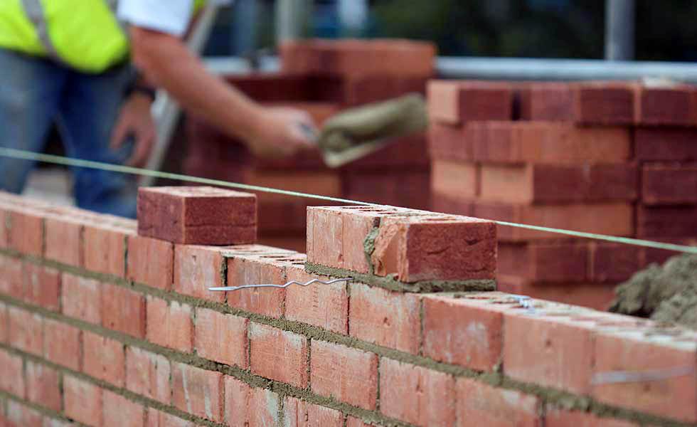 Из чего лучше всего строить дом: рейтинг материалов