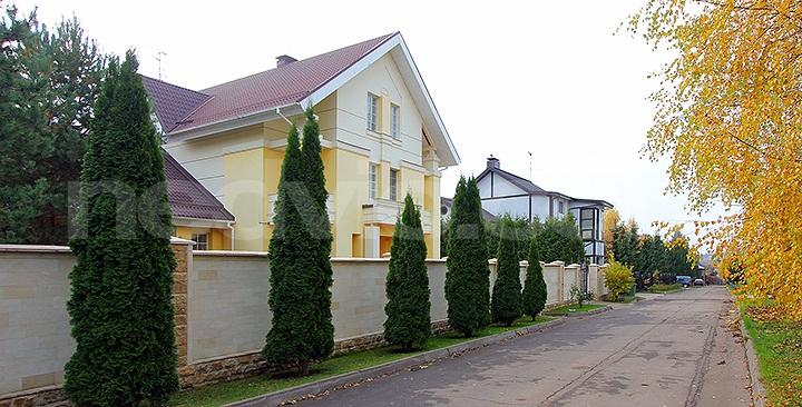 Частный дом в пригороде москвы пансионат для престарелых и инвалидов добрые руки