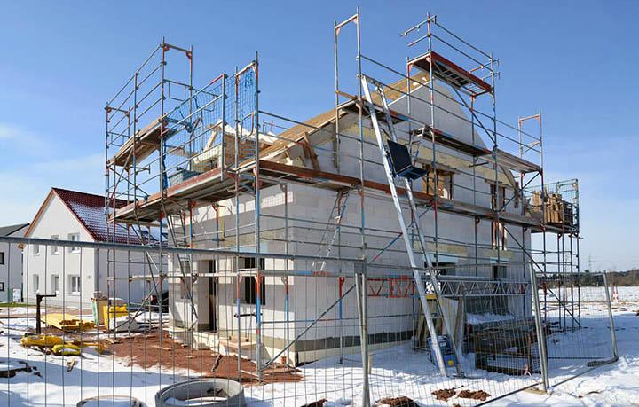 В какое время года (период, сезон) лучше начинать строительство дома?