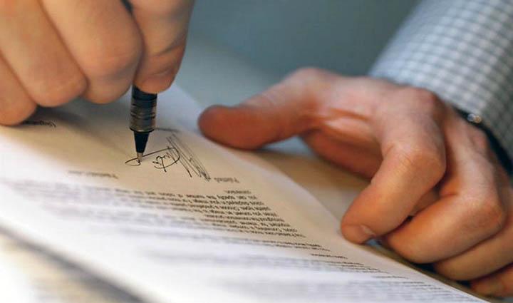 Как сдать свой земельный участок в аренду и правильно оформить договор на землю{q}