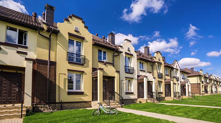 Стоит ли менять квартиру на коттедж, загородный дом?