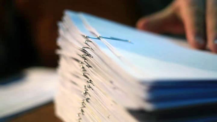 Какие документы нужно проверить при покупке дачи, загородного дома с участком?