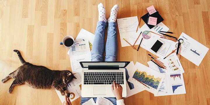 Можно ли жить за городом и работать на дому? Как организовать домашний офис?