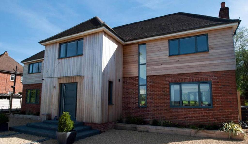 Как можно улучшить внешний вид дачи, загородного дома?