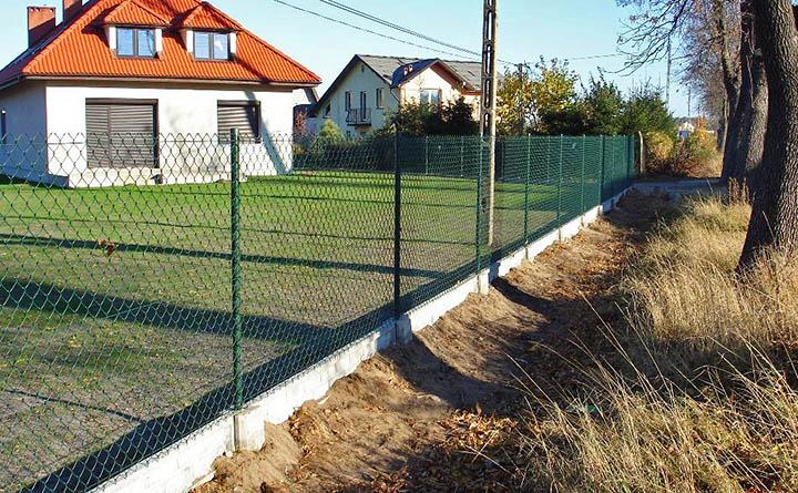 Самозахват земельного участка. Что делать при самовольном захвате земли соседом?