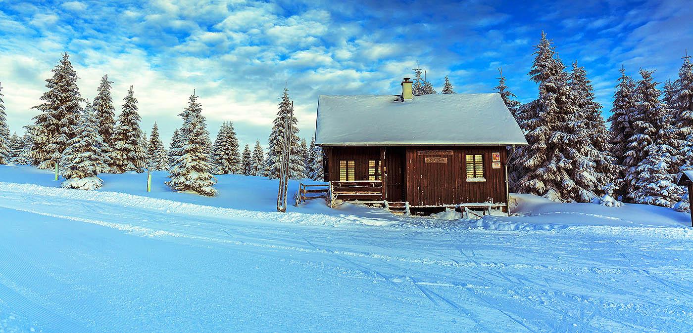 Чем занять детей зимой на даче