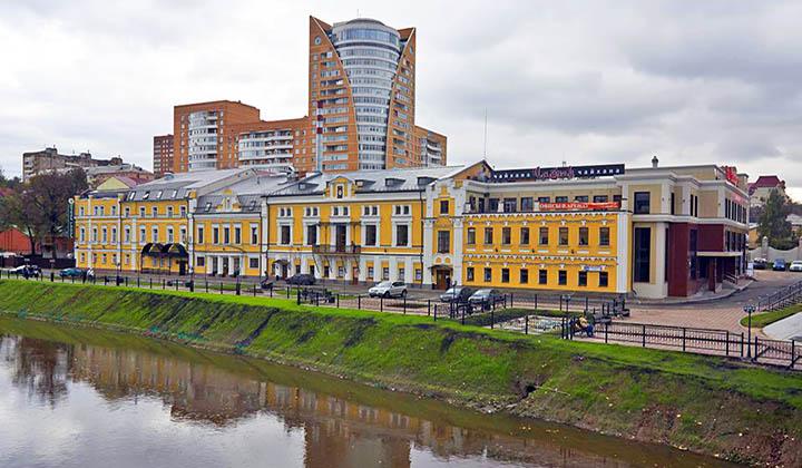 Подольск: развитый, промышленный пригород Москвы