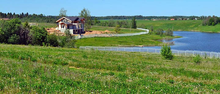 Как купить участок в рассрочку в коттеджных поселках Подмосковья?