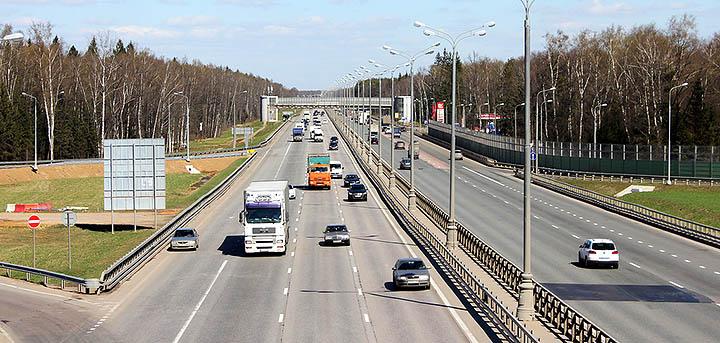 Стоит ли переезжать за МКАД? Плюсы и минусы переезда из Москвы в Московскую область