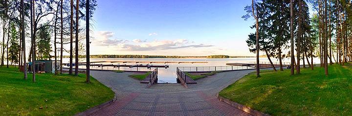 Дома, коттеджи и таунхаусы у большой воды рядом с Москвой