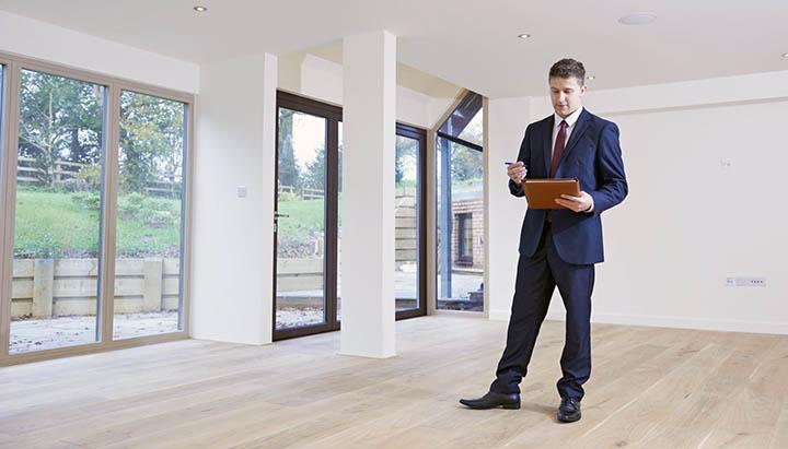 За сколько можно реально продать свой дом? Как оценить его подороже?