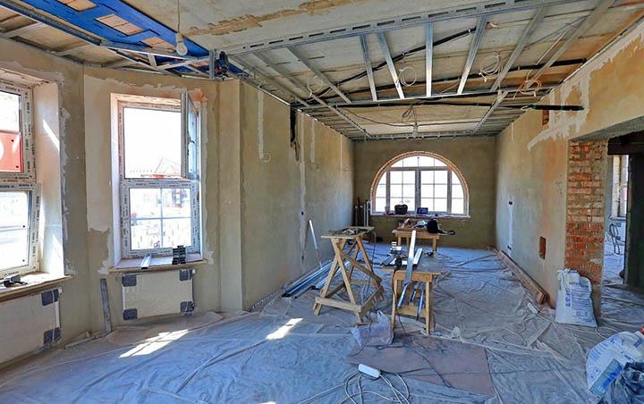 Есть ли смысл делать ремонт в арендуемом доме / коттедже?
