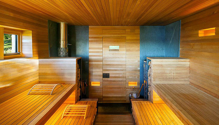 Можно ли сделать деревянную баню, пристроенную к дому?
