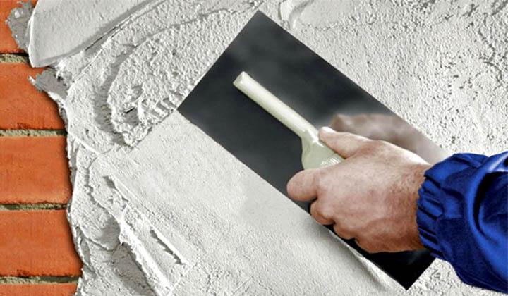 Какой тип обоев лучше подходит для поклейки стен загородного дома?