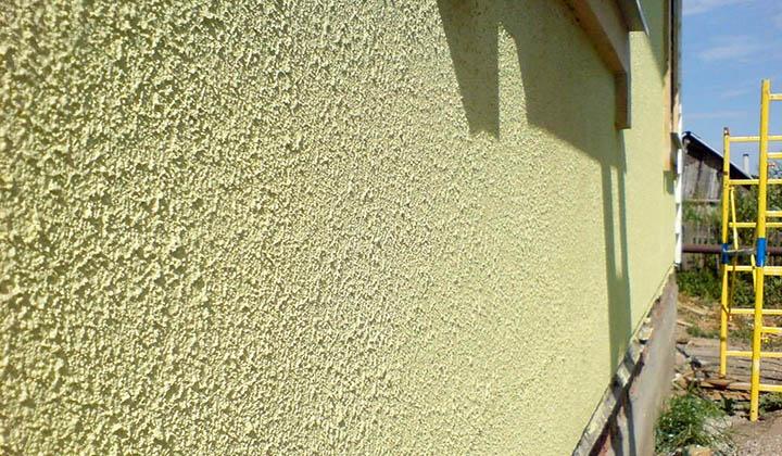 Покраска стен коттеджа (загородного дома). Что нужно знать?