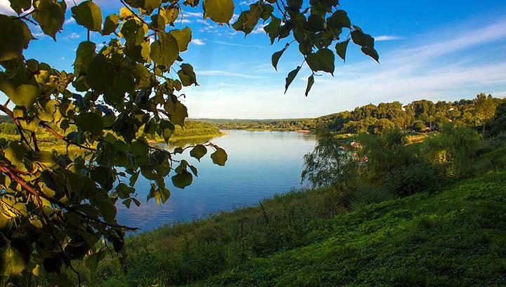 Таруса - город, поселок, река Ока и свой загородный дом