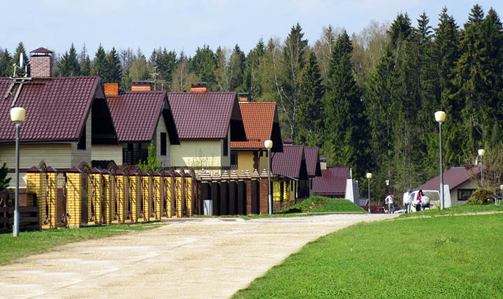 Лучшие коттеджные поселки с частными детскими садиками