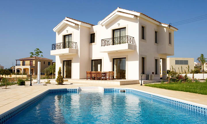 Загородная недвижимость за рубежом. Где купить дом?
