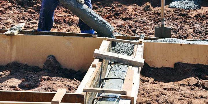 Как построить ленточный фундамент для бани?
