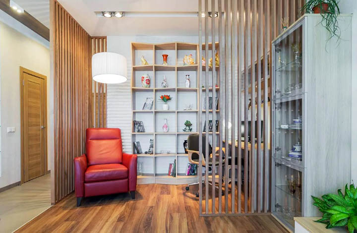 Как разделить комнаты дома с помощью перегородок, ширм и штор?